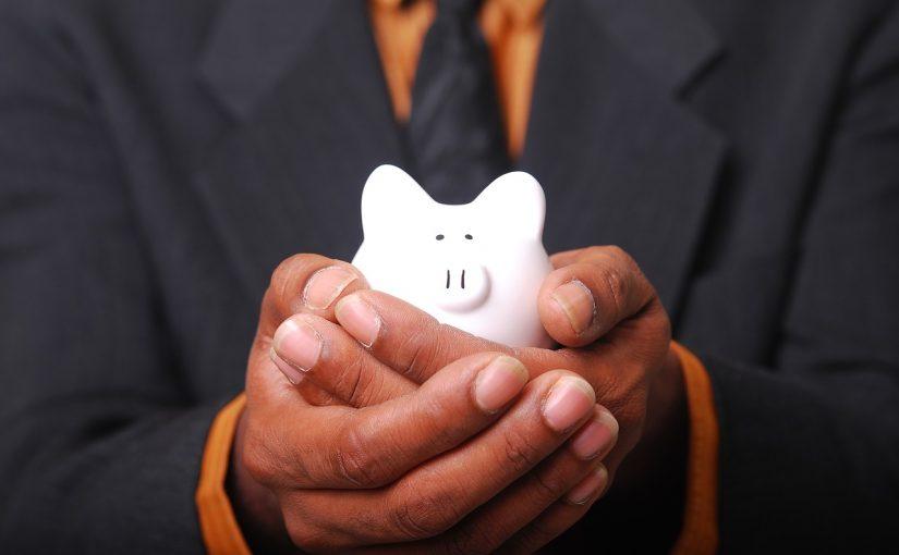 Skal jeg spare op eller låne penge?